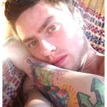 <!--:pt-->As tatuagens e o declarado preconceito do colunista J. J. Camargo<!--:-->