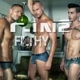 A marca de underwear C-IN2 retorna com nova campanha e que recebeu o título deFilthy. Os belos modelos – Anthony Gallo, Chris Whelan e Diogo de Castro Gomes – são […]