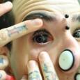 Fotos: Alexandre Anami No mesmo dia em que foi feito o primeiro procedimento brasileiro de eyeball tattooing, mais três brasileiros tiveram os seus olhos pintados. Aproveitaram a vinda do venezuelano […]