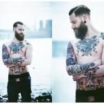 <!--:pt-->Dominik B.: um modelo de muita barba e tatuagens<!--:-->