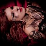 Mariana Queiroz fala sobre o eyeball tattooing