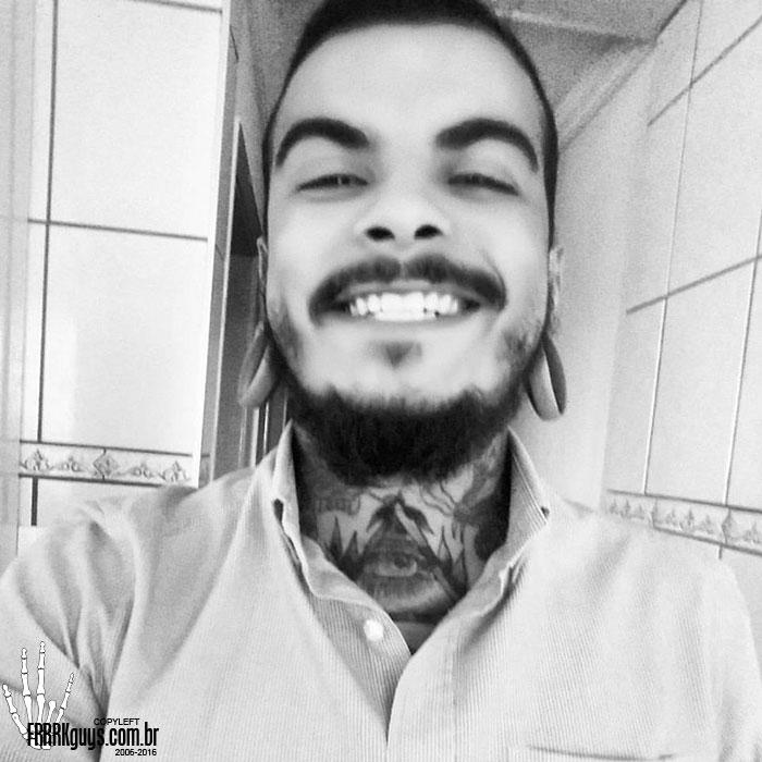 Renan-Andrade-Frrrk-2