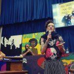 Freak recebe homenagem na ALESP por trabalho na educação pública