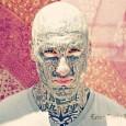 Dmitri Guerguel e a beleza do corpo completamente tatuado